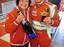香港「車神」歐陽若曦(Darryl)賽道上的母子情
